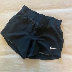  Nike  Icon Woven 2 in 1 Shorts, XS